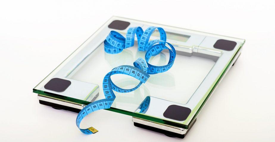Pochi grassi o pochi carboidrati? Quale è la dieta migliore?